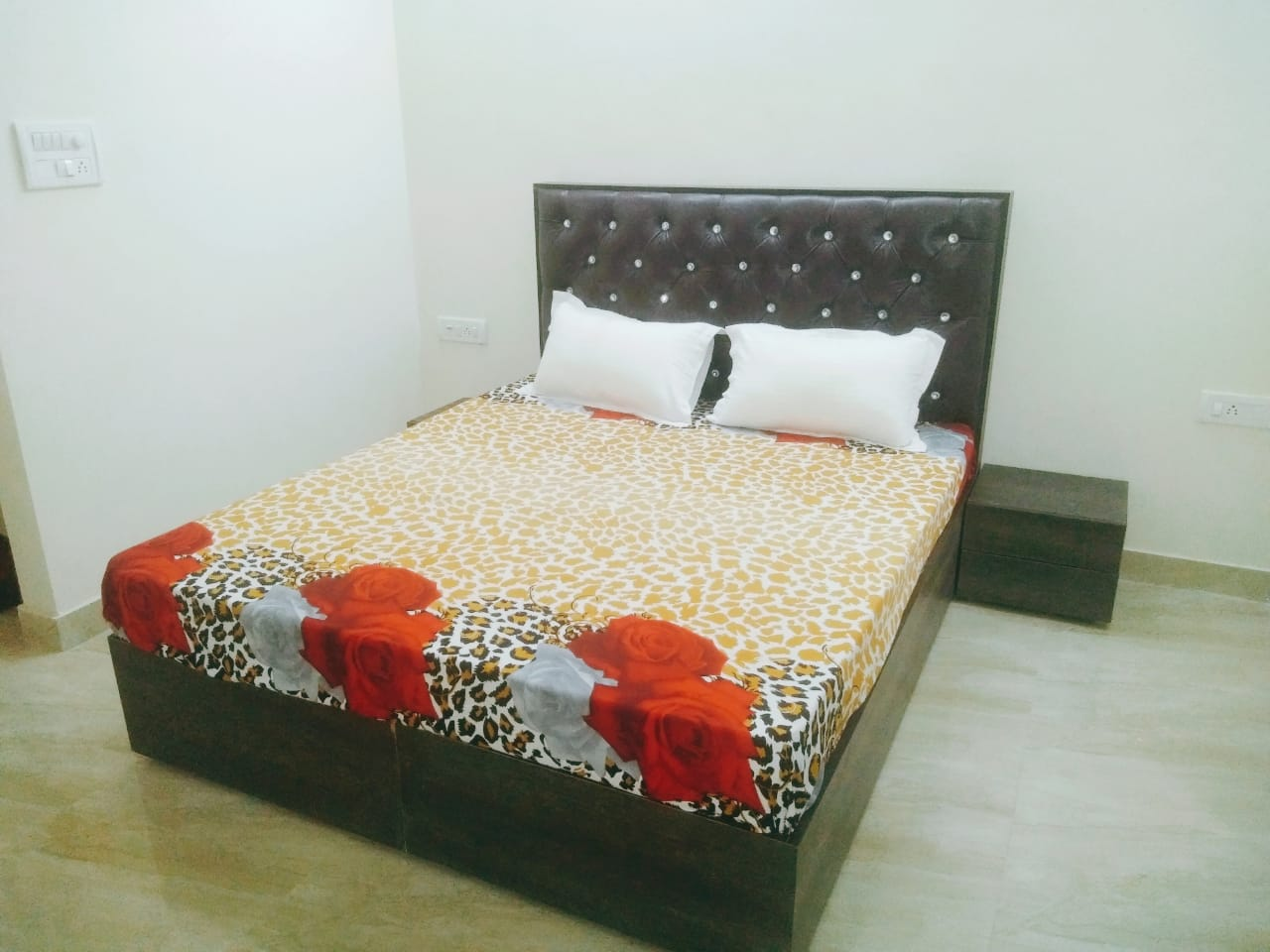 1BHK for Boys/Girls/Couples
